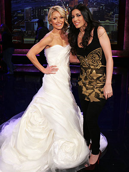Kelly Ripa wedding gown