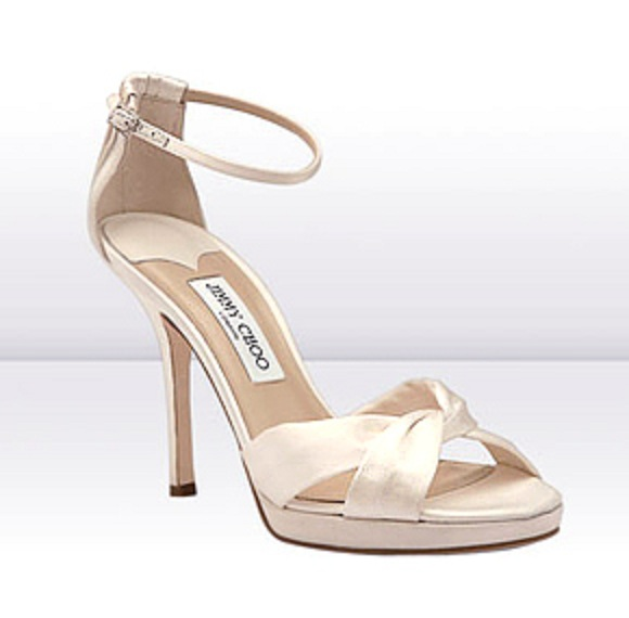 Reese Witherspoon wedding shoes by Jimmy Choo
